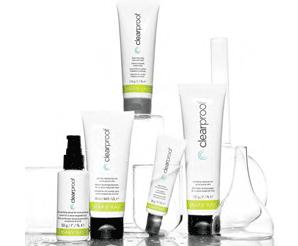 ::Sistem pentru piele acneică Clear Proof®